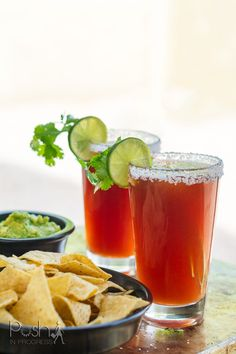 This is the best michelada recipe that you should make this Cinco de Mayo. Stacey shares the michelada recipe and talks about how she's going to celebrate. Cocktail Recipes For A Crowd, Easy Cocktails, Food For A Crowd, Holiday Cocktails, Brunch Recipes, Best Micheladas Recipe, Michelada Recipe, Taste Made, Wine Drinks