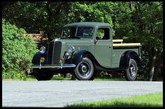 1937 Ford Deluxe Pickup Maintenance/restoration of old/vintage vehicles: the… Old Pickup Trucks, Old Ford Trucks, 4x4 Trucks, Diesel Trucks, Custom Trucks, Lifted Trucks, Ford V8, Car Ford, Ford Bronco