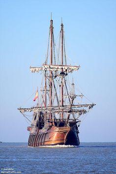 GALEON ANDALUCIA Old Sailing Ships, Ship Drawing, Wooden Ship, Exhibition, Navy Ships, Model Ships, Water Crafts, Fishing Boats, Sailboats