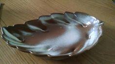 Beautifully glazed Frankoma Medium Leaf Bowl (#226) in Desert Gold over brick-red Sapulpa clay. (JKT)