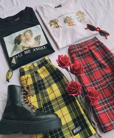 Super style edgy soft grunge outfit ideas Source by jessyherzog outfits Soft Grunge Outfits, Hipster Outfits, Edgy Outfits, Mode Outfits, Girl Outfits, Soft Grunge Style, Grunge Fashion Soft, Grunge Clothes, Hipster Clothing