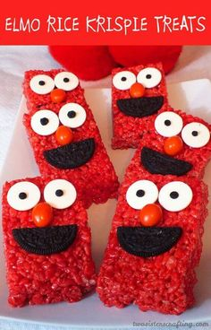 These Elmo themed birthday party ideas would be perfect for any toddler! Want to inspire sweet laughter at your child's next birthday party? Elmo is a beloved Sesame Street character, making him the Diy Elmo Birthday Party, Elmo First Birthday, Boy Birthday Parties, Birthday Ideas, Mickey Party, Birthday Desserts, Birthday Banners, Birthday Crafts, Baby Birthday