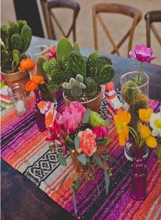 Fiesta Theme Party, Party Themes, Party Ideas, Mexican Fiesta Party, Spain Theme Party, Mexican Dinner Party, Boho Themed Party, Event Themes, Mexican Party Decorations