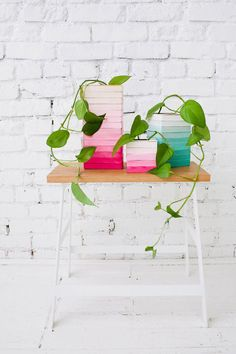 DIY // ombre wood vases made of popsicle sticks
