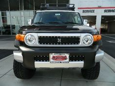 2014 Toyota FJCruiser Base 4x4 4dr SUV 6M SUV 4 Doors Black for sale in Modesto, CA Source: http://www.usedcarsgroup.com/used-toyota-fj_cruiser-for-sale