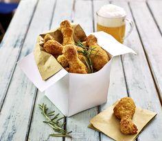 Un classico dall'America: pollo fritto! Cosce di pollo avvolte da una panatura, resa croccante grazie ai corn flakes #pollo #pollofritto #bofrost