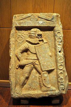 Machu Picchu, Roman Gladiators, Middle Eastern Art, Greek Language, Roman History, Ancient Rome, Roman Empire, Sculpture Art, Inventions
