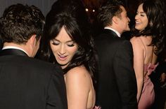 Orlando Bloom and Katy Perry Spotted Out Flirting!