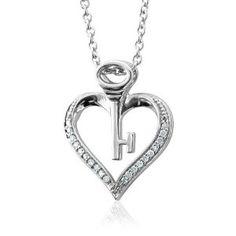 Sterling Silver Key My Heart Diamond Pendant Necklace (HI, I, 0.10 carat)