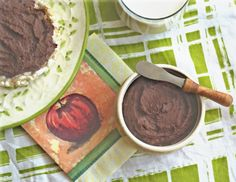 Chocolate Bean Butter: a healthy alternative to nutella or nut butters--SO much less fat, just as delicious and totally whole-foods based! vegan and gluten-free