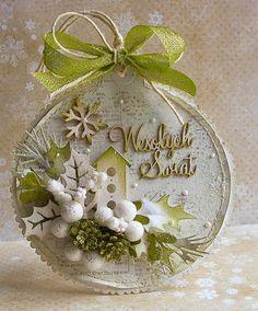 Dorota_mk (Dorothy (Kopec) Kotowicz: Again, small rash of Christmas cards . Christmas Makes, Noel Christmas, Christmas Gift Tags, Christmas Baubles, All Things Christmas, Handmade Christmas, Christmas Wreaths, Christmas Decorations, Green Christmas