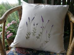 Embroidery-Lawenda