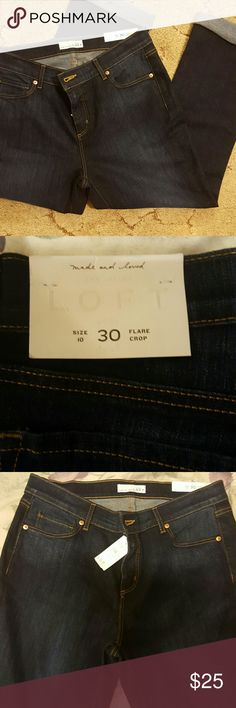 Ann Taylor Loft size 10 flare crop stretch jeans Comfy crop jeans - perfect for the curvaceous woman! LOFT Pants Ankle & Cropped