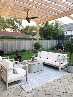 How To Build A Pergola Over Garage Door - Pergola Designs Kerala - Pergola With Roof Backyard Patio - - Pergola Holz Stahl Backyard Patio Designs, Pergola Patio, Pergola Plans, Backyard Landscaping, Patio Ideas, Modern Pergola, Backyard Pools, Paved Backyard Ideas, Modern Patio Design
