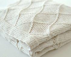 Baby blanket KNITTING PATTERNS  - 'Diamond' blanket