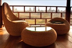 onyx-furniture-collection-loop-1.jpg