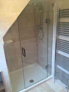 50 Beautiful Bathroom Frameless Shower Glass Enclosure - Page 25 of 50 - Farhah Decor Loft Ensuite, Loft Bathroom, Bathroom Layout, Bathroom Interior, Sloped Ceiling Bathroom, Bathroom Ideas, Master Bathroom, Attic Shower, Small Attic Bathroom