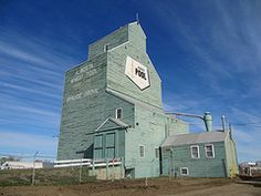 Spruce Grove Grain Elevator, Spruce Grove, Alberta, Canada was built in 1958 and was in operation until It is now maintained as an operating museum. Old Buildings, Abandoned Buildings, Alberta Canada, Newfoundland Tourism, Silo House, Grain Silo, Beautiful Places To Live, Travel Oklahoma, Montreal Canada