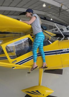 Cruise the skies in these epic aviation leggings. Turquoise And Purple, Deep Purple, Airplane Outfits, Striped Leggings, Wwii, What To Wear, Aviation, Cruise, Sporty