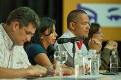 Delcy Rodríguez: pueblo chavista está dando la bat...
