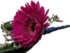 groom boutonniere - gerbera daisy & limonium with wire