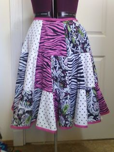 """Twirly Trapezoid"" Skirt tutorial"