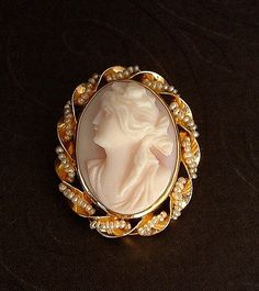 10k GOLD Antique Carved CORAL Cameo Brooch