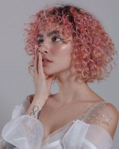 Dyed Curly Hair, Dye My Hair, Short Curly Hair, New Hair, Curly Hair Styles, Natural Hair Styles, Hair Inspo, Hair Inspiration, Aesthetic Hair