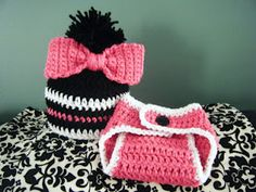 Big Bow Baby Beanie FREE CROCHET PATTERN!