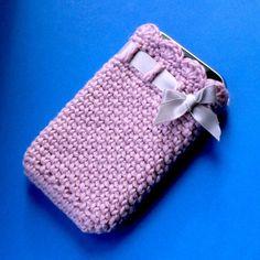Crochet iPhone Cozy PDF. $4.00, via Etsy.