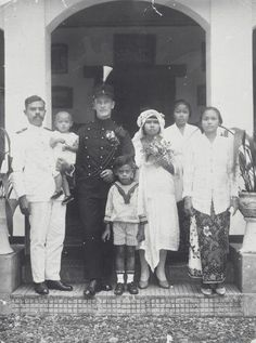 Marriage of KNIL Seargeant w Indonesian woman 1910 1925