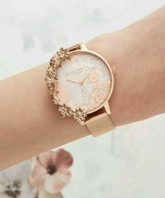 Manschetten Rose Gold Mesh - Womens watches - in 2020 Trendy Watches, Gold Watches Women, Cute Watches, Elegant Watches, Beautiful Watches, Cheap Watches, Woman Watches, Vintage Watches, Luxury Watches Women