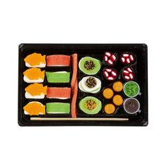 Who here likes Sushi? Gummy Sushi, Candy Sushi, Sushi Design, Sashimi, Sushi Take, Panda Cupcakes, Baby Doll Strollers, Ice Cream Candy, Gadgets