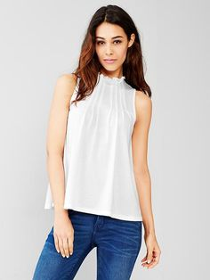 Ruffle-neck pleated tank