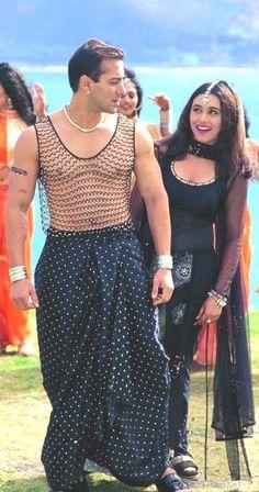 Salman Khan and Rani Mukerji Best Bollywood Movies, Bollywood Outfits, Bollywood Couples, Bollywood Girls, Bollywood Actors, Salman Khan Young, Shahrukh Khan And Kajol, Salman Khan Photo, Indian Bollywood Actress