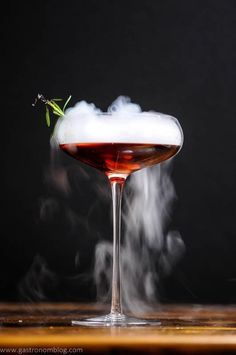 The Vampire Cynar Negroni combines Reposado Dry Gin, Cynar, and strawberry infused Campari to make this cocktail, perfect for a Halloween party, especially when served with a dry ice chip to make a rolling fog from the cocktail! Gothic Halloween, Creepy Halloween, Halloween Themes, Halloween Party, Halloween 2020, Easy Halloween Cocktails, Bourbon, Martini, Cocktail Names