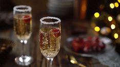 Мир ХОЗЯЮШКИ:      Желе из шампанского «Розовый лeд»   Этот десе... Champagne, Cinemagraph, Animation, Gif Animé, Aesthetic Gif, Aesthetic Colors, Writing Inspiration, Christmas And New Year, Alcoholic Drinks