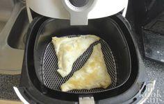 Deze appelflappen zijn net zo lekker als uit de oven Je kunt vrijwel alles maken in de Airfryer en appelflappen zijn hier geen uitzondering op. Natuurlijk kun je appelflappen gewoon ouderwets in de oven stoppen, maar in de Airfryer heb je een groot voordeel: ze zijn erg snel klaar! In principe Beignets, Fry S, Actifry, Multicooker, Air Fryer Recipes, Creme, Good Food, Food And Drink, Cooking