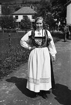 Norway, Lace Skirt, Costumes, Traditional, Black And White, Skirts, Vintage, Dresses, Fashion