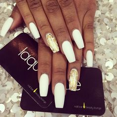 I love the all white Coffin shaped nails<3 with gold leaf accent nail