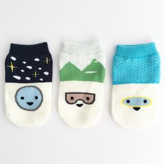 Petites Pattes - faces baby socks gift box - black green blue A10