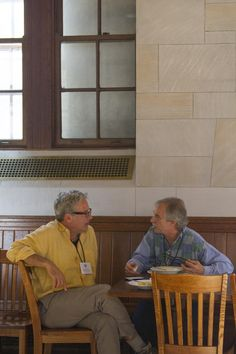 Conversation during lunch. Photo cred: Rhiannon Marino