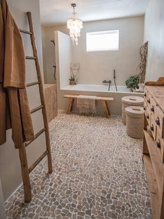 Bathroom Goals, Boho Bathroom, Bathroom Styling, Bathroom Interior Design, Small Bathroom, Interior Decorating, Bad Inspiration, Bathroom Inspiration, Bad Styling
