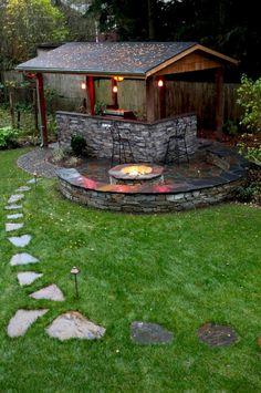 hocker partydeko garten gartenlaube spitzdach feuerstelle Outdoor DIY Projects - Inexpensive and Eas Backyard Pavilion, Backyard Gazebo, Garden Gazebo, Backyard Patio Designs, Backyard Landscaping, Backyard Ideas, Garden Sheds, Pergola Designs, Patio Ideas