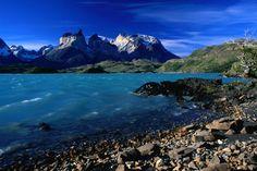 Parque Nacional Torres del Paine, Chile...uuhhhhhhh...yes, please.