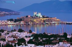 Nice Tour is the most professional tailor-made excursions provider Istanbul Bodrum Marmaris Fethiye Cappadocia Kusadasi Ephesus Turkey satisfaction memorable. Oh The Places You'll Go, Places To Visit, Rock Bar, Costa, Turkey Country, Best Holiday Destinations, Family Destinations, Holiday Places, New Museum