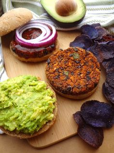 No Crumble BBQ Black Bean Burgers -- Topped with avocado, they're the perfect, crave-able vegan burger that won't fall apart! Leftover patties can be frozen for a quick lunch or easy dinner!