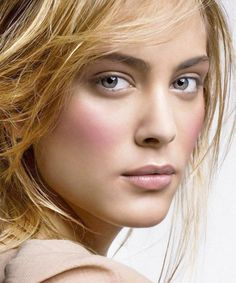The Blush Trick You Need to Try ASAP Not all faces are the same. These blush techniques will give you the perfectly sculpted shapeyou the perfectly sculpted shape Green Makeup, Love Makeup, Beauty Makeup, Makeup Looks, Hair Makeup, Hair Beauty, Pretty Makeup, Makeup Art, Nora Arnezeder