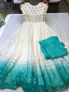 Simple Frock Design, Long Dress Design, Dress Neck Designs, Blouse Designs, Party Wear Indian Dresses, Indian Gowns Dresses, Dress Indian Style, Long Gown Dress, Saree Dress
