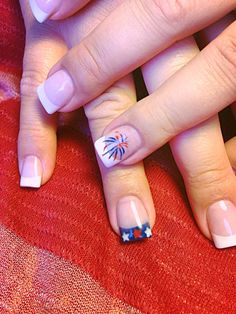4th of July - Fireworks and Stars manicure - nails | Lingernails